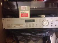 Akia s2000 sampler