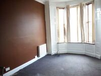 SPACIOUS, 1 BED FIRST FLOOR FLAT, AVAILABLE NOW - CAUSEYSIDE STREET, PAISLEY