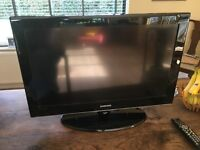 """SMSUNG 32"""" TV - PERFECT WORKING ORDER AS NEW"""