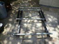 Trukrax Vauxhall astra j 2010-2016 estate roof rack with rear roller