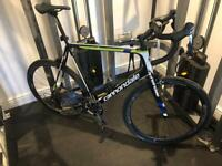 Cannondale supersix evo 63 cm with Reynolds assault carbon wheel set