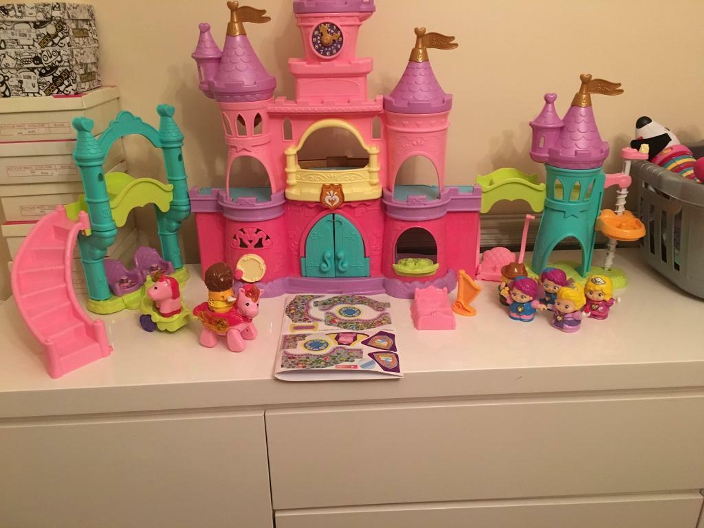 Vetch toot toot palace plus accessories