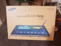 Samsung Galaxy Note 10.1 inch Latest model, New condition with box and everything