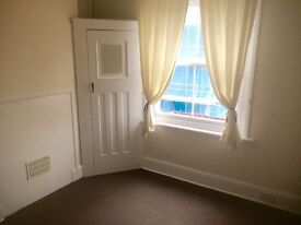 1 Bedroom Flat Maisonette 3rd Story Eastbourne Lower Meads £475 a month. No Dss Full Credit check