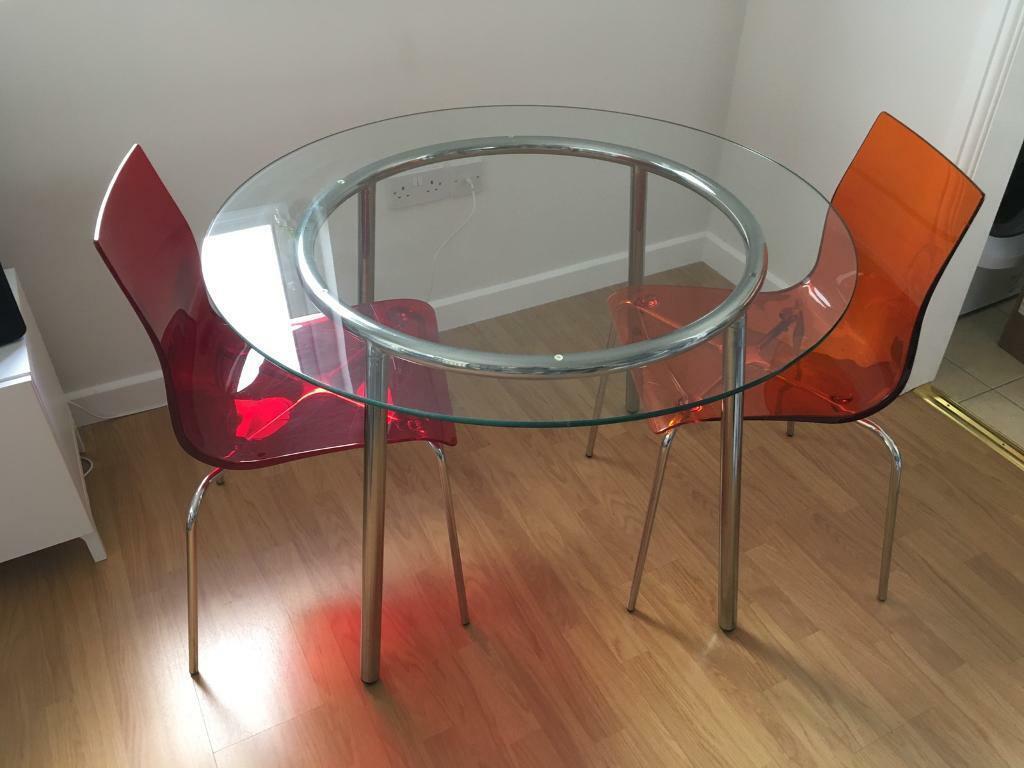 IKEA Salmi Round Glass Dining Table 105cm diameter. Seats ...