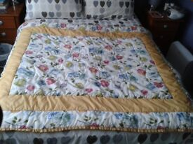 Vintage Bedspread £10