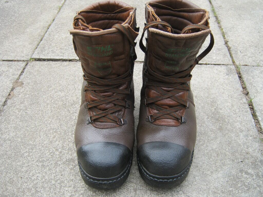 Stihl Chainsaw Boots Mens Size 9 Euro 43 In Forres