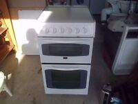 Parkinson Cowan Gas Cooker, very good and very clean condition (MODEL NUMBER SIG320WN2)