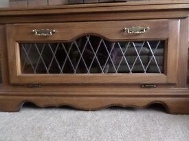 Large tv unit with leaded glass front, in excellent condition