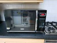 De'longhi 900w combi microwave