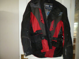 "Richa Mens Motorcycle Jacket Size XL (suit 44/46"" chest)"