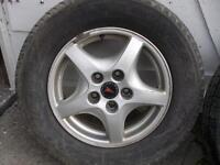 4 mag et 4 pneu hiver 205-70-R15