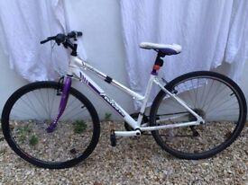 Womens Hybrid Bike: Falcon, Modena £50