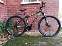 "Diamondback Descent mountain bike 29"" wheels 18"" frame"