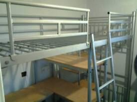 Cabin bunk bed