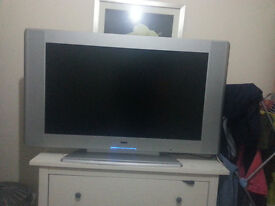 42 inch lcd tv in 75 pound