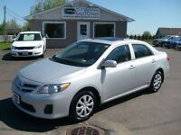 2013 Toyota Corolla SUNROOF Auto Loaded Heated Seats Bluetooth
