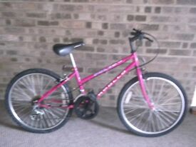 Ladies bike appolo in very good condition
