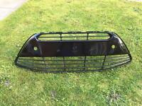 Ford c max front bumper grill