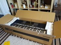 YAMAHA S970 WORKSTATION..AMAZING COND'. IN ORIG BOX..GEN REASON FOR SALE..AMAZING KEYBOARD