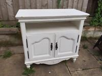 White shabby sideboard