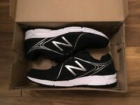 New Balance trainers – Size 10