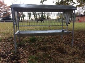 Livestock feeder IAE portable hayrack and manger