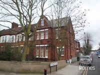 Large Top Floor Studio Flat In Wood Green, N22, Great Location, Local to Underground Station