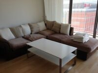 Stunning 1 Bedroom Flat / Prestigious Canary Wharf / Fully Furnished / Available 22nd October !!
