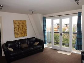 MOVE IN TODAY **1 BEDROOM FLAT - LOCAL TO TRANSPORT LINKS**No agent fees . All bills included !!!
