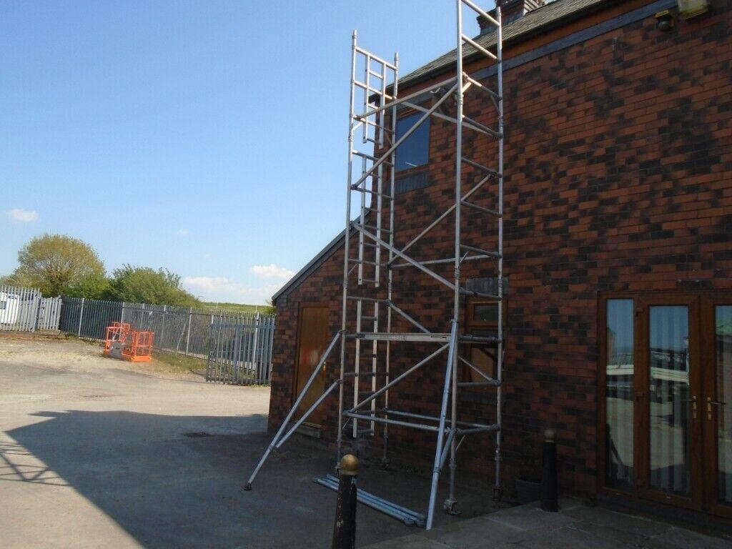 Boss Narrow Scaffold Tower 6 5m Working In Heywood