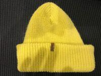 Lewis hat ...3 hats !!!!