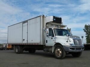 2004 International 4300 SBA