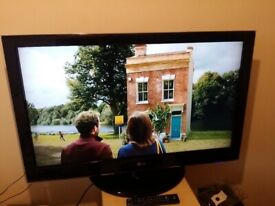 Excellent 42 LG LCD TV hd ready freeview inbuilt