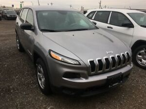 2017 Jeep Cherokee SPORT 4X4 | USED DEMO | 5 IN TOUCHSCREEN | HE