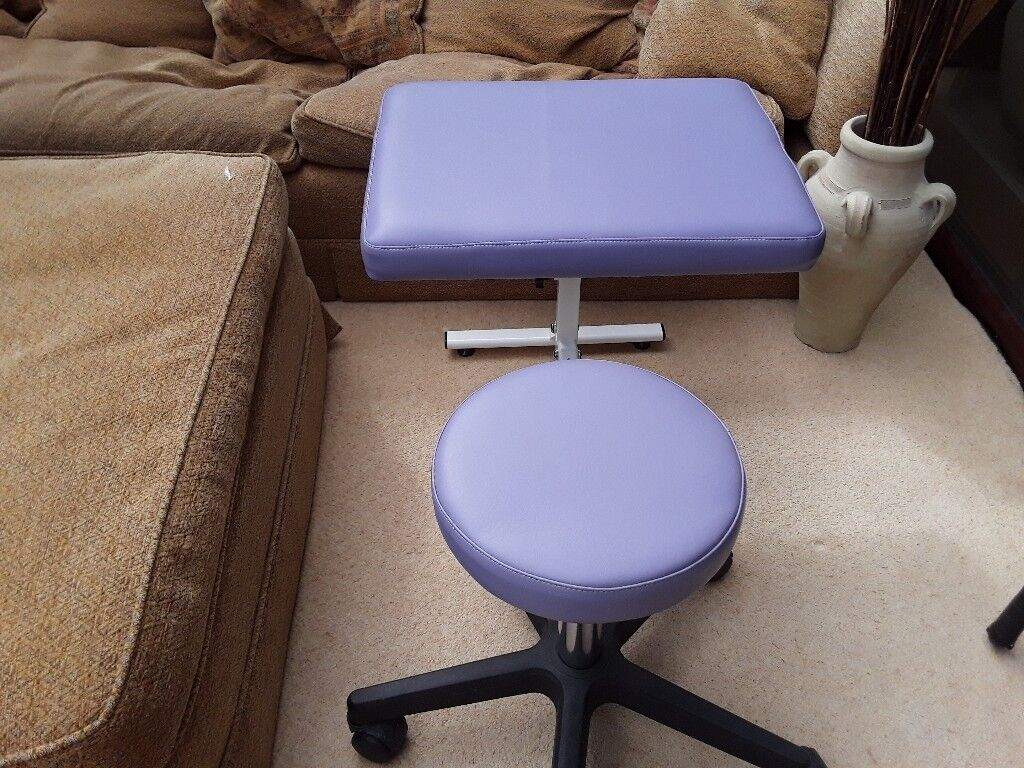 Magnificent Portable Folding Foot Treatment Stool And Companion Seat In Pudsey West Yorkshire Gumtree Unemploymentrelief Wooden Chair Designs For Living Room Unemploymentrelieforg