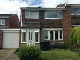 3 Bed Semi-Detached, furnished House for rent in Durham City!
