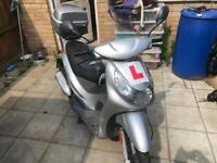 Peugeot 50cc moped scooter vespa honda piaggio