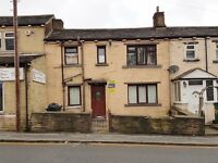 FULLY FURNISHED! CHEAP RENT! 3 BEDROOM TERRACE HOUSE TO LET FOR RENT BRADFORD BD7 GREAT HORTON ROAD