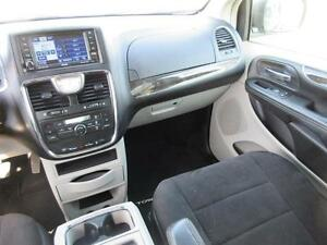 2011 Chrysler Town and Country Cambridge Kitchener Area image 16