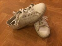 Adidas nizzas size 5 and a half