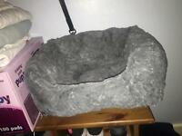 Buttons and Bear Luxury Heated Square Puppy Bed Grey