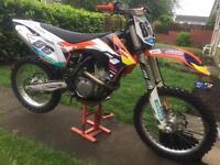 KTM 350sxf 2011 (electric start) like brand new still very clean l@@@@@k