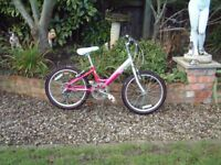 "Raleigh Starz, Girls Mountain bike, 20"" Alloy wheels, 6 gears, very good condition."