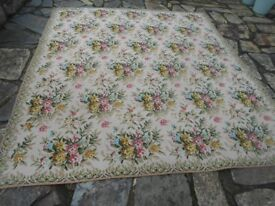 Large vintage rug for sale 7ft5in x 8ft7in