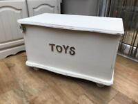 Up-Cycled Pine Toy Box