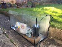 Fish/turtle tank with filter, heater and basking platform . 80 cm length, 34 cm wide and 49 cm high