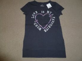 BRAND NEW WITH TAGS GIRLS NEXT BLACK T-SHIRT - AGE 10 YEARS