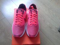 New Ladies Nike Trainers UK Size 6