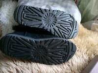 Ladies ugg boots size UK 6